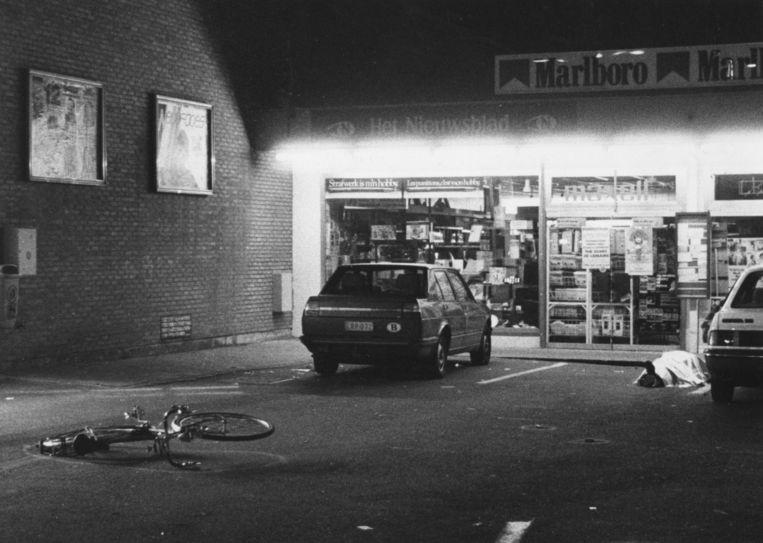 De Delhaize in Overijse na de dodelijke aanval van de Bende op 27 september 1985. Beeld Belga