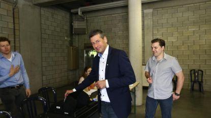 """Chris Janssens (Vlaams Belang) gaat stemmen: """"Hopen op twee zetels, maar drie zou verrassing zijn. Wie weet..."""""""