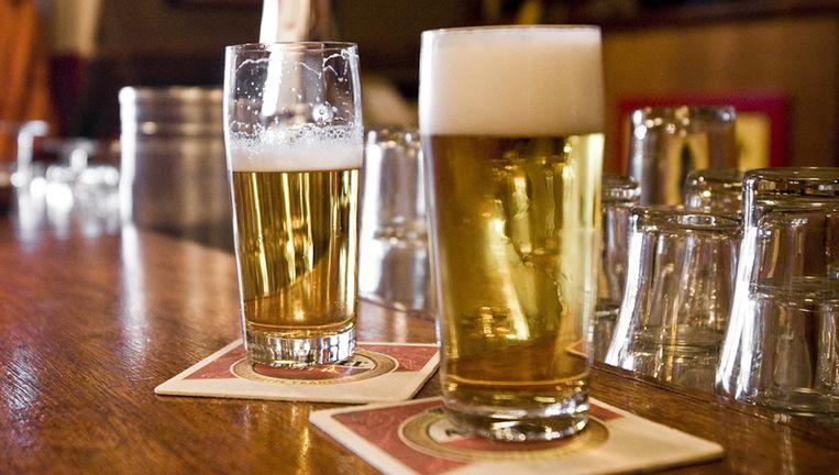 De horeca wil de brouwers onder druk zetten: de prijzen omlaag, of ze promoten andere drank. Foto GPD Beeld
