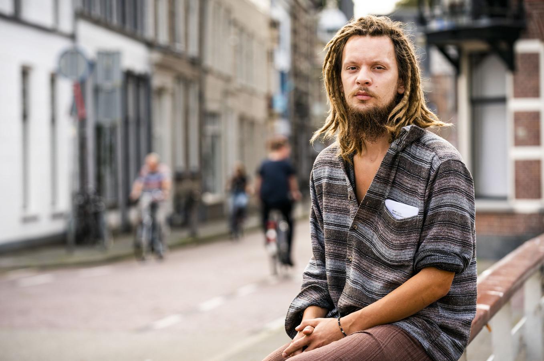 Robert-Jan 'Broer' Mastenbroek, eigenaar van de site Dream or Donate in Kampen.