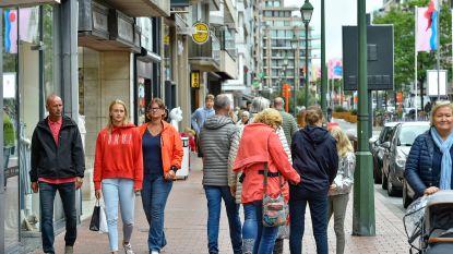"""REPORTAGE. Toeristen teisteren Knokke: """"Ik voel me hier steeds minder thuis"""""""