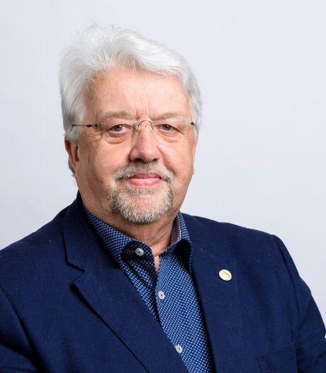 Gerrit Venis vertrekt na bijna 32 jaar uit gemeenteraad van Sliedrecht