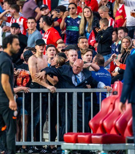PSV onderzoekt opstootje tegen Galatasaray en bekijkt of toegangskaarten zijn doorverkocht aan Turkse fans