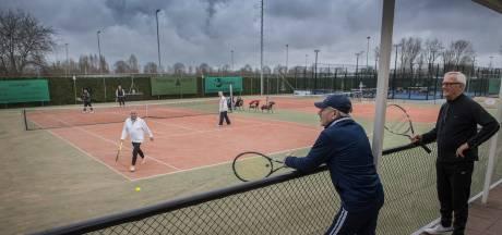 Niet alle krasse zeventigers terug op sportveld: 'Uitkijken naar dag dat het weer écht kan'