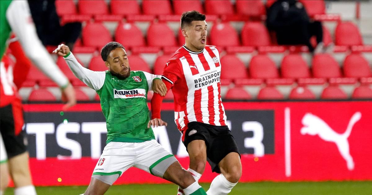 FC Dordrecht verlaat laatste plaats na zege bij Jong PSV - AD.nl