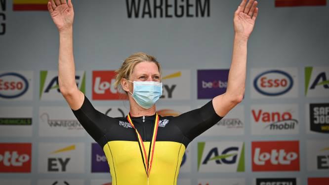 """Veldrijder Ellen Van Loy pakt op de weg een driekleur: """"Tof, want helemaal niet verwacht"""""""