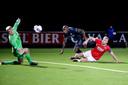 Invaller Danzell Gravenberch kon de nederlaag van De Graafschap tegen Jong AZ niet voorkomen.