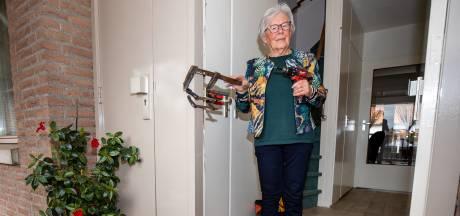 'Het leek wel oorlog!': politie beukt per abuis deur van hoogbejaarde vrouw in