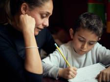 Improviseren bij onderwijs op afstand in Tubbergen: 'Mag mijn kind niet een paar uur weer naar school?'