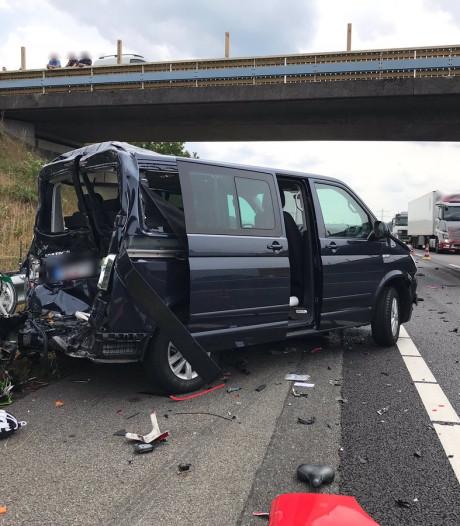 Politie boos over gedrag automobilisten tijdens aanrijdingen A73