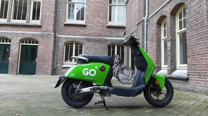 Vijf bestuurders bekeurd voor onbevoegd rijden op deelscooters, politie Tilburg gaat extra controleren