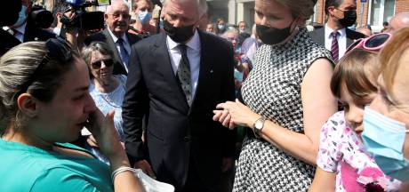 Le Roi et la Reine ont rendu hommage aux sinistrés à Verviers