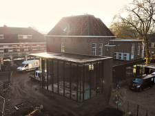 2,5 jaar na verzengde brand terug aan Kruisstraat: Makelaar Van der Krabben 'weer thuis'