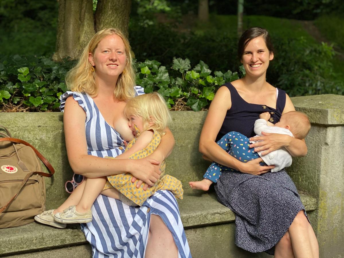 Hanna Troch avec sa fille Aurora au sein, et sa belle-sœur Lisa Roosen avec sa fille Anna.