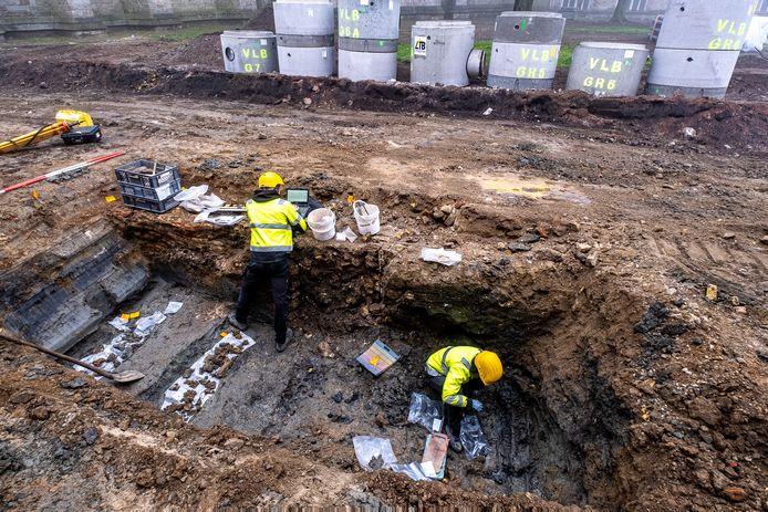 Archeologen vonden een skelet in de buurt van de Sint-Maartenskathedraal.