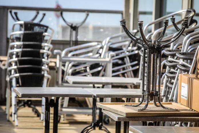 De stoelen en tafels blijven opgeborgen deze paasvakantie