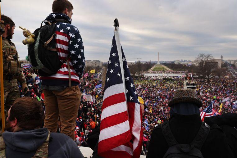 Een grote groep Trump-aanhangers is in Washington verzameld voor een
