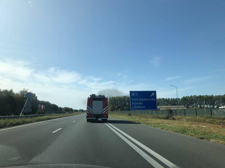 Uitslaande brand in bedrijfspand in Sint-Oedenrode