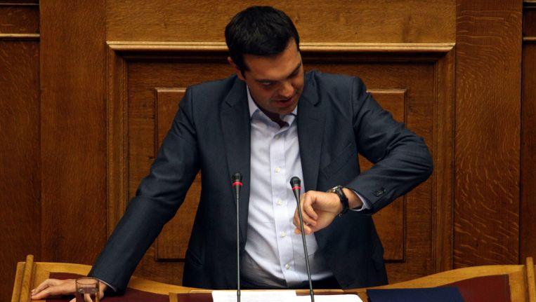 Het Griekse parlement stemde na een stevig debat in met het plan dat de regering van premier Alexis Tsipras sloot. Beeld EPA