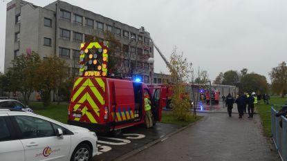 Chemielokaal vat vuur in Erasmusatheneum: brand onder controle