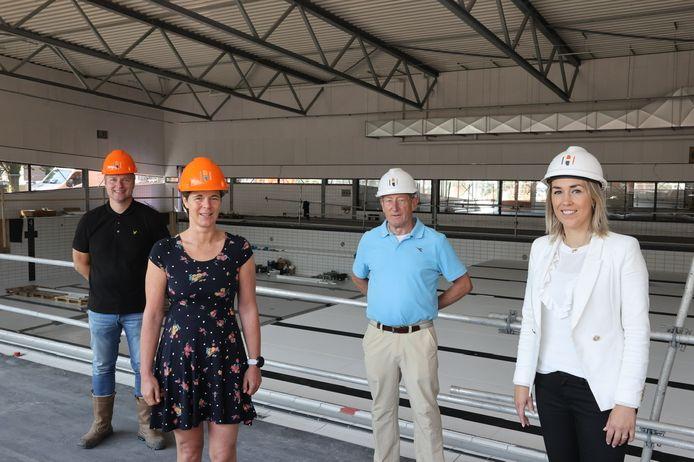 Vlnr. Wouter van Erp, Minette Lommers, Jos Blatter en Vivianne van Wieren in het nieuwe City Sport Veldhoven.