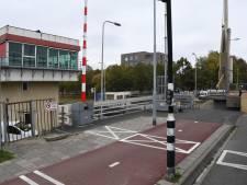 Binnenvaart fel tegen spitssluiting Oosterhoutse bruggen