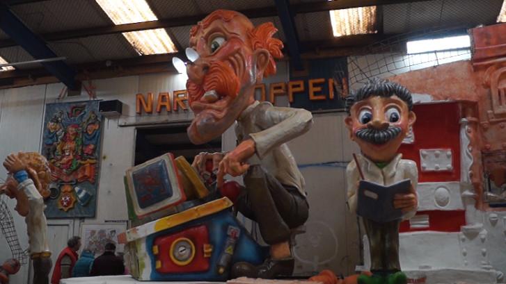 Carnavalsverenigingen showen wagens tijdens open dag