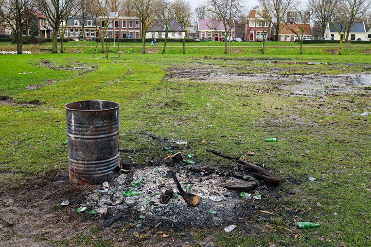 Normaal wordt hier in Floradorp een grote stapel gemaakt om in brand te steken met oud en nieuw. Beeld Anouk Hulsebosch