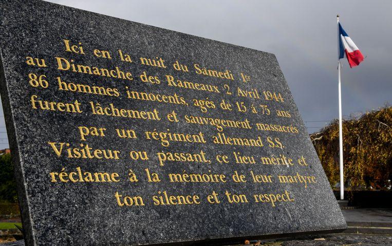 In het Franse Ascq staat nu een monument om de slachtoffers van het bloedbad te herdenken.