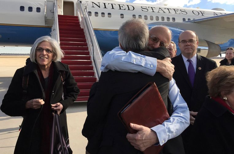 Alan P. Gross at Joint Base Andrews in December, after he was released from a Cuban jail after being held for five years. Beeld REUTERS