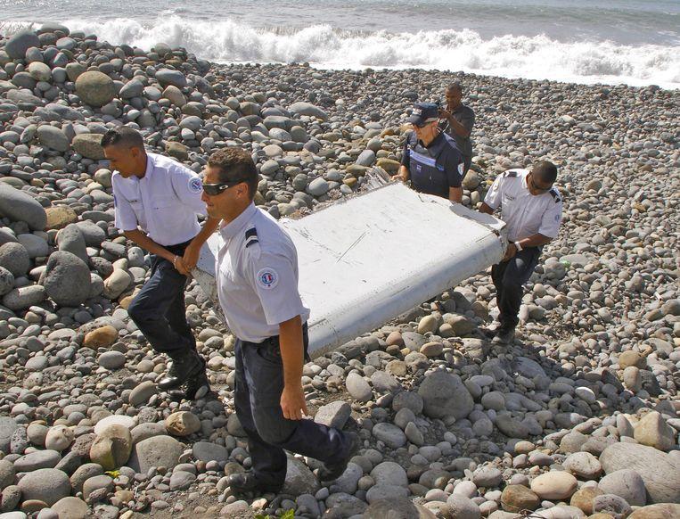 De flaperon komt van een Boeing 777, meer dan waarschijnlijk van vlucht MH370.