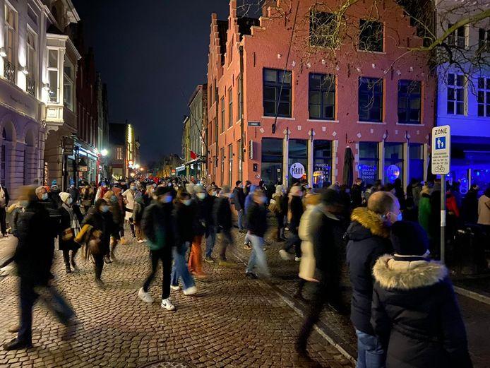 Wintergloed Brugge: ook woensdagavond was het zeer druk.