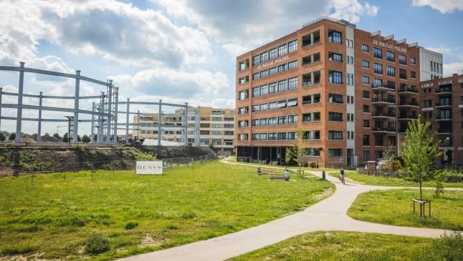 """Stad Gent legt bijna één miljoen euro op tafel om vervuilde grond Tondeliersite af te voeren: """"Hier gaan binnenkort kinderen spelen"""""""