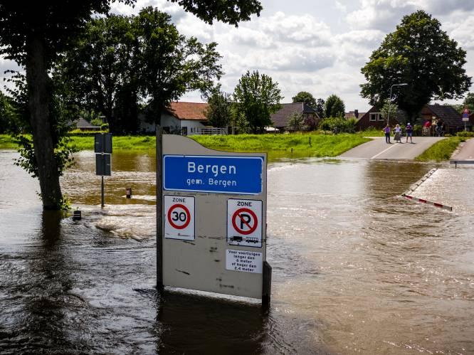 Limburgse gezinnen gratis op vakantie in Zeeland: 'Mensen uit Limburg hebben ons in 1953 geholpen'