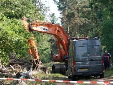 Op de Strabrechtse Heide zoeken naar Tanja Groen met het oog van de archeoloog