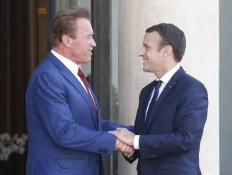 """Macron en Schwarzenegger slaan handen in elkaar om """"planeet weer groots te maken"""""""
