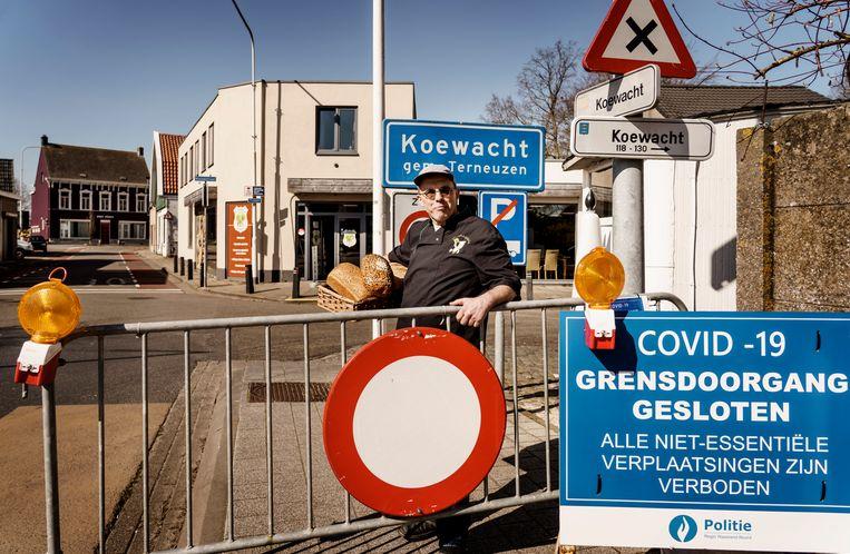 Koewacht, een van die grensgemeenten waar het verschil in coronabeleid tussen België/Vlaanderen en Nederland duidelijk voelbaar was. 'Laten we samenwerking nu eens echt serieus nemen', bepleit Aartsen. Beeld Eric de Mildt