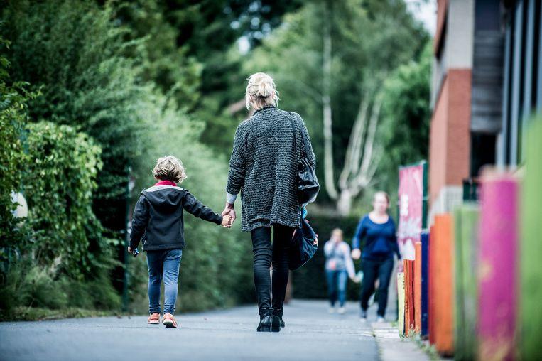 Kinderen van gescheiden ouders zijn geen uitzondering meer. Misschien beïnvloedt dat ook hoe ze tegen een breuk aankijken.  Beeld Karel Duerinckx