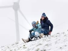 Noodklok geluid over windmolens: 'Half Spijkenisse krijgt last van dat 'woes woes woes'-geluid'