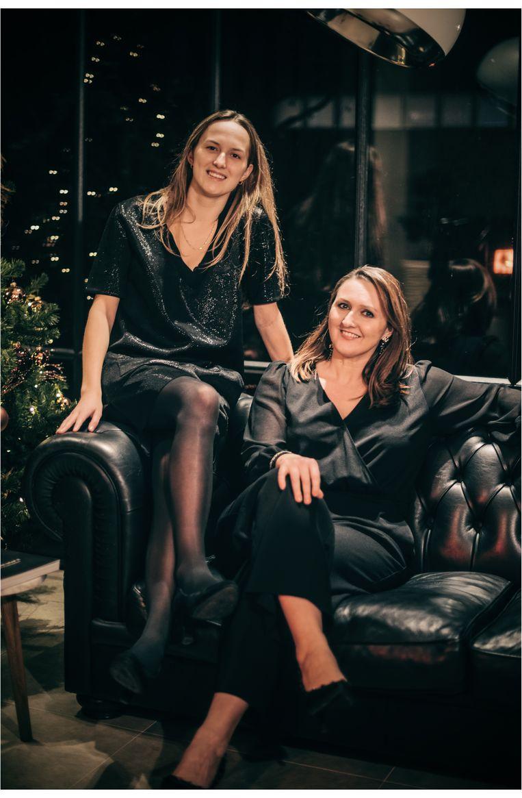 Juliette en Gwendolyn Rutten Beeld Carmen De Vos