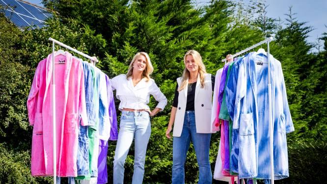 Kim en Cherique brengen unieke badjassen op de markt: 'Vroegen ons af waarom andere jassen lelijk zijn'