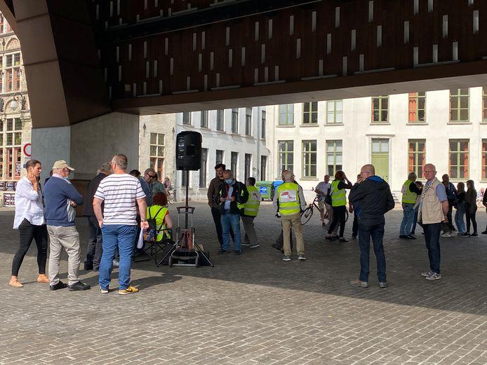 Protestactie tegen de LEZ en het circulatieplan onder de Stadshal