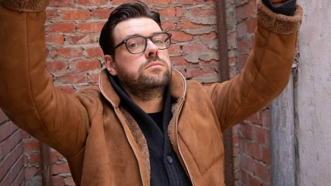 """Johanson vlucht uit de stad naar de Westhoek om zijn boek te schrijven en maakt er een komische webreeks van: """"Ik werd gek van het lawaai"""""""