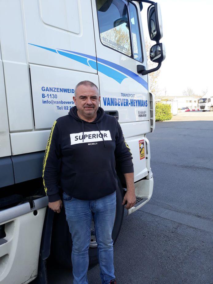 Patrick Verelst is al 40 jaar lang vrachtwagenchauffeur.