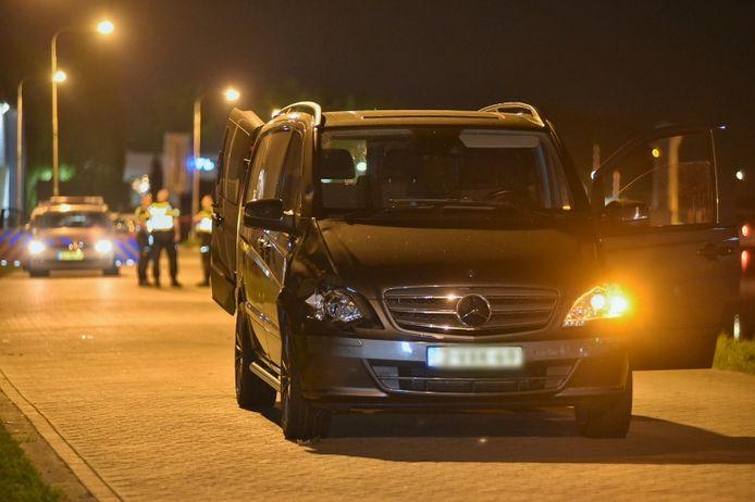 De voetgangster (43) werd geschept door bestelbus in Tilburg. Zij is overleden aan haar verwondingen in het ziekenhuis.