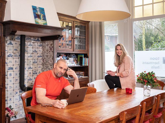 Joop Kasteel en Annemarieke Blancke in het Toon Hermans Huis.