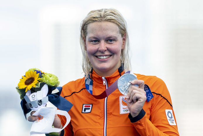 Zilver: Sharon van Rouwendaal (openwaterzwemmen, 10km, vrouwen)