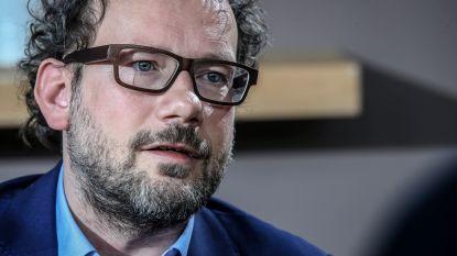 """Sinardet: """"Ironisch dat N-VA Vlaamse regeringsvorming afhankelijk maakt van federale"""""""
