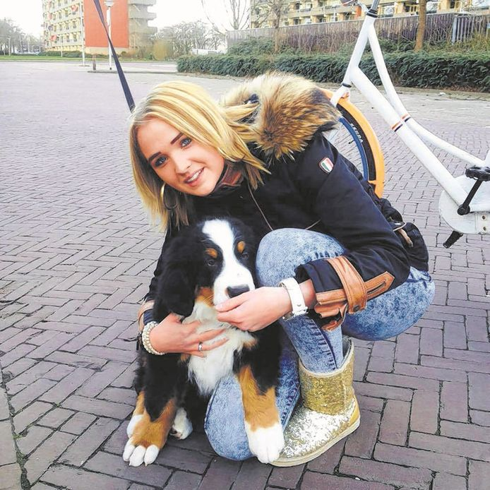 Thijs van Z., die in 2015 de Enschedese Sandra van Duijl (18) om het leven bracht, was in de instelling waarin hij zit gewelddadig tegen personeel en medebewoners.