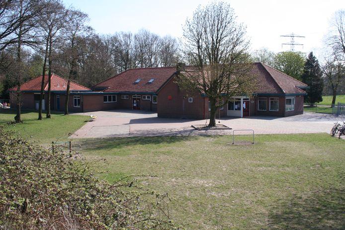 De Wijde Blik aan de Fokko Kortlanglaan in Harderwijk staat te koop: minimaal bod is zeven ton, plus een goed plan.